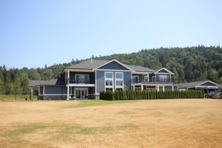 Photo 4: 9175 GILMOUR Terrace in Mission: Mission BC House for sale : MLS®# R2599394