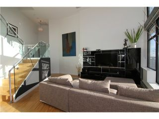 """Photo 13: 2910 128 W CORDOVA Street in Vancouver: Downtown VW Condo for sale in """"WOODWARDS"""" (Vancouver West)  : MLS®# V987819"""