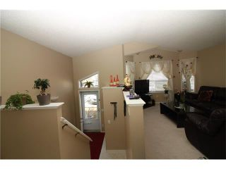 Photo 12: 15 APPLEMEAD Court SE in Calgary: Applewood Park House for sale : MLS®# C4108837