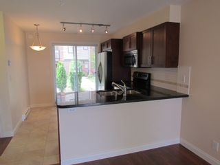 """Photo 6: #275 20170 FRASER HWY in LANGLEY: Langley City Townhouse for rent in """"PADDINGTON STATION"""" (Langley)"""