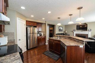 Photo 10: 8407 SLOANE Crescent in Edmonton: Zone 14 House for sale : MLS®# E4256612