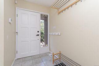 Photo 4: 3110 Woodridge Pl in : Hi Eastern Highlands House for sale (Highlands)  : MLS®# 883572