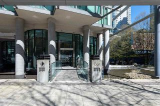 """Photo 3: 2701 1331 W GEORGIA Street in Vancouver: Coal Harbour Condo for sale in """"The Pointe"""" (Vancouver West)  : MLS®# R2571551"""