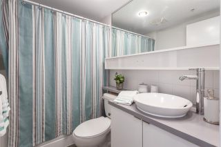 """Photo 8: 2003 939 EXPO Boulevard in Vancouver: Yaletown Condo for sale in """"THE MAX"""" (Vancouver West)  : MLS®# R2102471"""