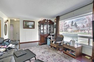 Photo 4: 4743 26 Avenue SW in Calgary: Glenbrook Detached for sale : MLS®# A1110145