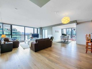 """Photo 3: 2701 1331 ALBERNI Street in Vancouver: West End VW Condo for sale in """"THE LIONS"""" (Vancouver West)  : MLS®# R2576100"""