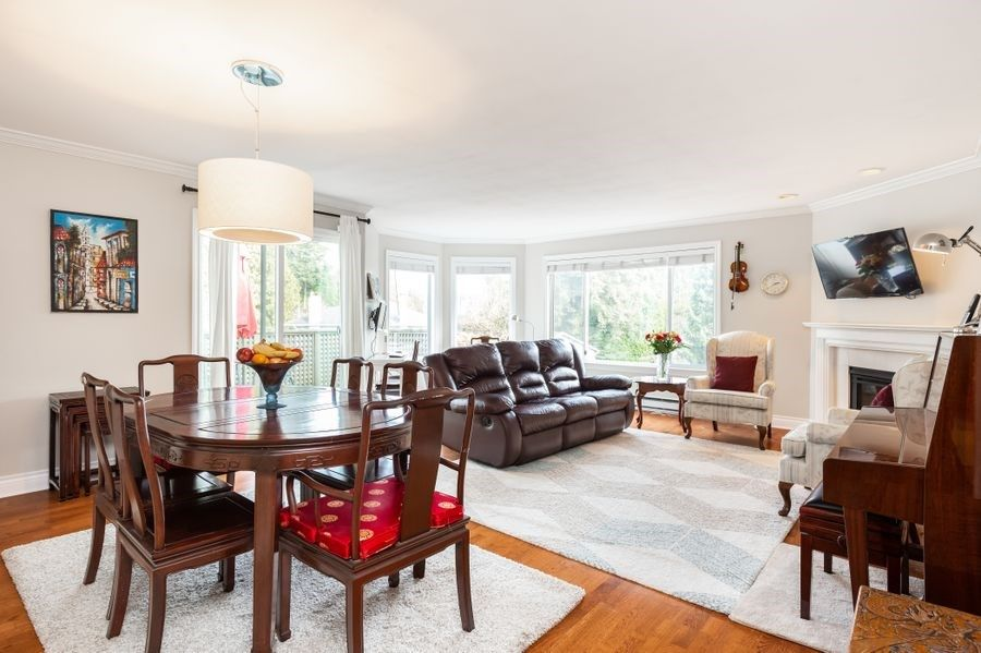 """Main Photo: 1203 PLATEAU Drive in North Vancouver: Pemberton Heights Townhouse for sale in """"Plateau Village"""" : MLS®# R2418766"""