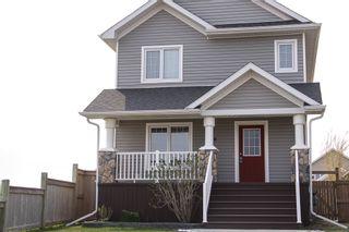 Photo 1: 26 Landsbury Lane in Niverville: Glenlea / Ste. Agathe / St. Adolphe / Grande Pointe / Ile des Chenes / Vermette / Niverville Residential for sale (Winnipeg area)  : MLS®# 1611738