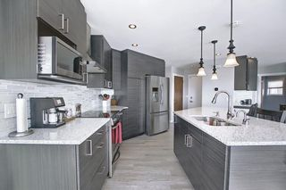 Photo 9: 19 Signal Hill Mews SW in Calgary: Signal Hill Detached for sale : MLS®# A1072683