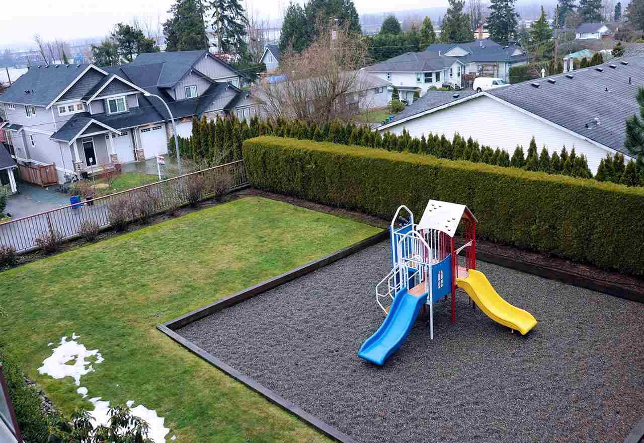 """Photo 20: Photos: 304 33599 2ND Avenue in Mission: Mission BC Condo for sale in """"Stave Lake Landing"""" : MLS®# R2430691"""