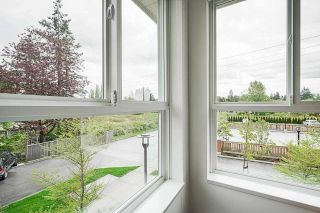 """Photo 18: 102 10688 140 Street in Surrey: Whalley Townhouse for sale in """"TRILLIUM LIVING"""" (North Surrey)  : MLS®# R2574722"""