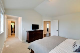 """Photo 12: 2850 HELC Place in Surrey: Grandview Surrey House for sale in """"The Estates"""" (South Surrey White Rock)  : MLS®# R2118552"""