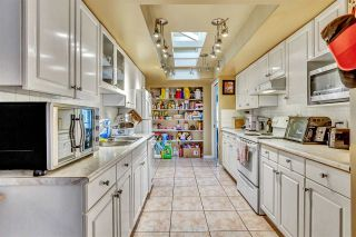 """Photo 8: 15531 91A Avenue in Surrey: Fleetwood Tynehead House for sale in """"BERKSHIRE PARK"""" : MLS®# R2552903"""