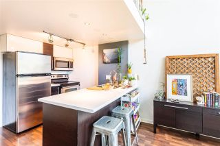 """Photo 5: 302 1 E CORDOVA Street in Vancouver: Downtown VE Condo for sale in """"CARRALL ST STATION"""" (Vancouver East)  : MLS®# R2502376"""
