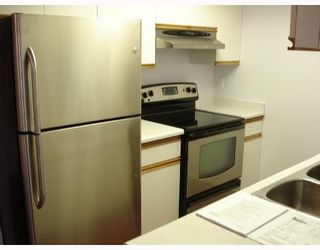 Photo 3: 6 1510 E 3RD Avenue in Vancouver: Grandview VE Townhouse for sale (Vancouver East)  : MLS®# V710646