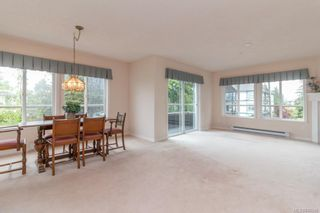 Photo 5: 301 9993 Fourth St in Sidney: Si Sidney North-East Condo for sale : MLS®# 840246