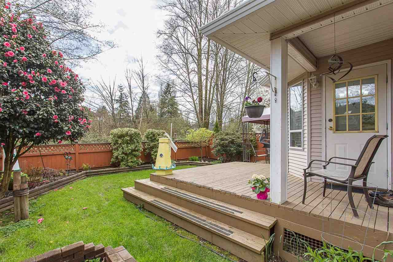 "Main Photo: 9 22875 125B Avenue in Maple Ridge: East Central Townhouse for sale in ""COHO CREEK ESTATES"" : MLS®# R2258463"