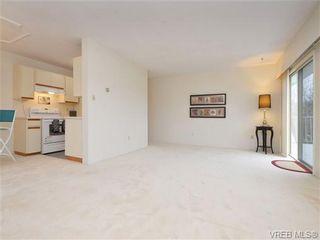 Photo 3: 303 1680 Poplar Ave in VICTORIA: SE Mt Tolmie Condo for sale (Saanich East)  : MLS®# 716765