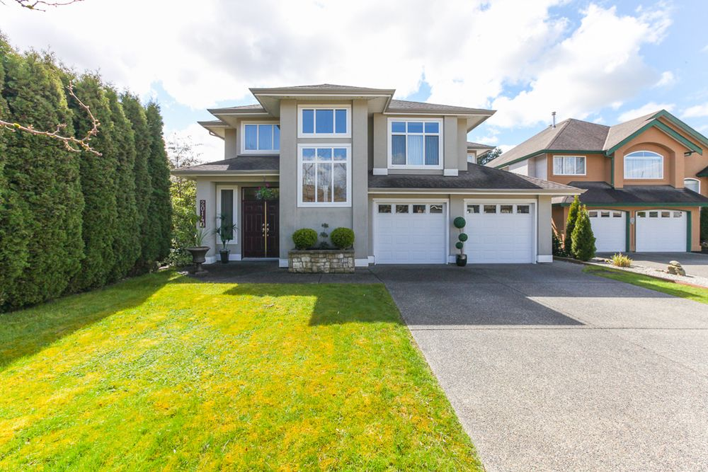 Main Photo: 20140 Telep Avenue in Maple Ridge: Home for sale : MLS®# V1117045