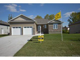Photo 1: 17 Crystal Drive in OAKBANK: Anola / Dugald / Hazelridge / Oakbank / Vivian Residential for sale (Winnipeg area)  : MLS®# 1500333