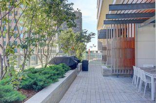 Photo 5: 1401 100 Harbour Street in Toronto: Waterfront Communities C1 Condo for lease (Toronto C01)  : MLS®# C4977762
