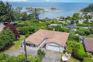 Photo 2: 3738 Overlook Dr in Nanaimo: Na Hammond Bay House for sale : MLS®# 881944
