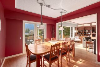 "Photo 7: 41833 GOVERNMENT Road in Squamish: Brackendale House for sale in ""BRACKENDALE"" : MLS®# R2545412"