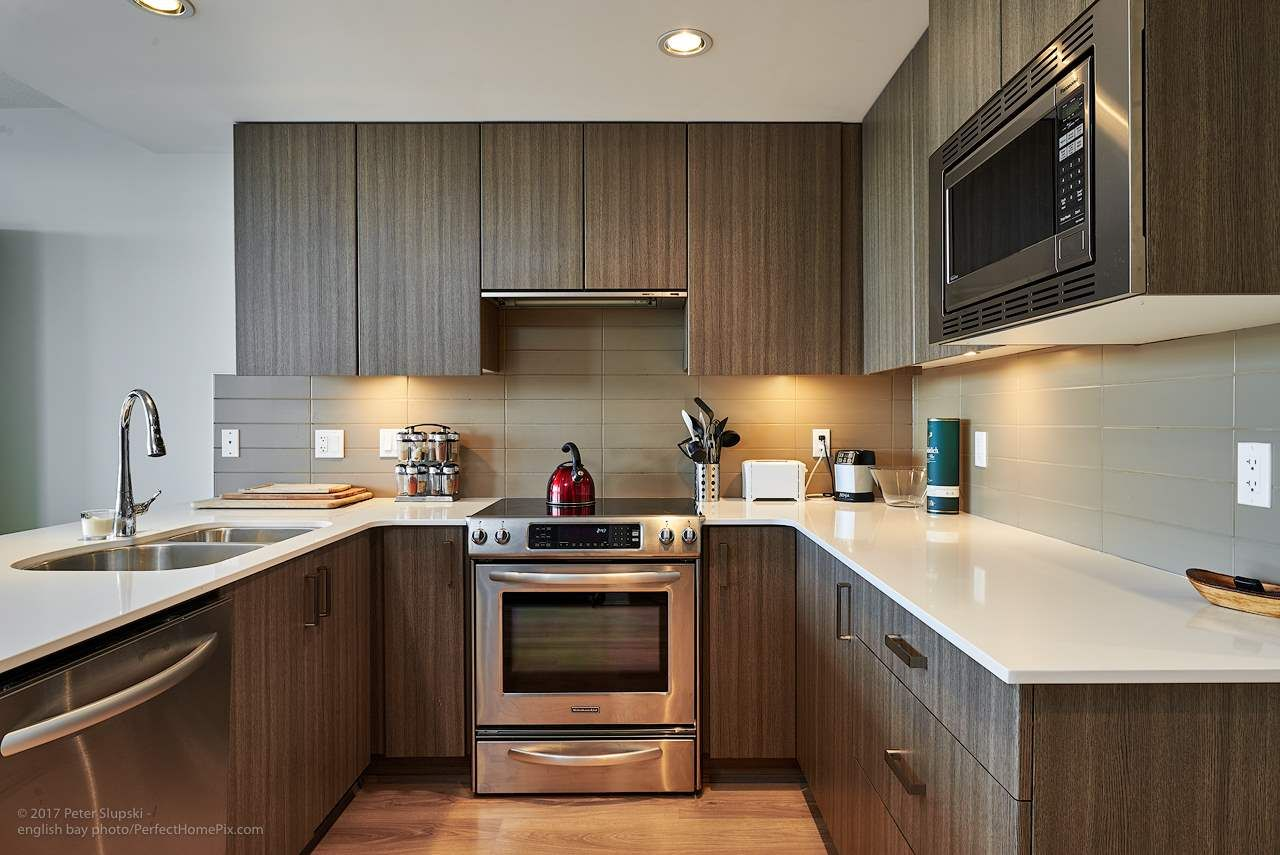 """Main Photo: 505 125 COLUMBIA Street in New Westminster: Downtown NW Condo for sale in """"NORTHBANK"""" : MLS®# R2158737"""