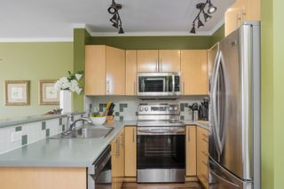 """Photo 8: 408 305 LONSDALE Avenue in North Vancouver: Lower Lonsdale Condo for sale in """"THE MET"""" : MLS®# R2615053"""