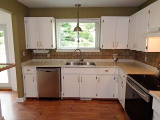 Photo 9: 21044 RIVERVIEW Drive in Hope: Hope Kawkawa Lake House for sale : MLS®# R2474466