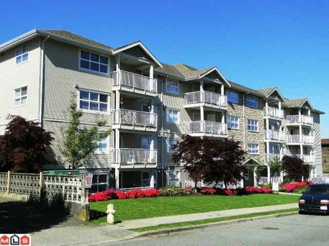Main Photo: 204 13550 HILTON ROAD in : Bolivar Heights Condo for sale : MLS®# R2388708