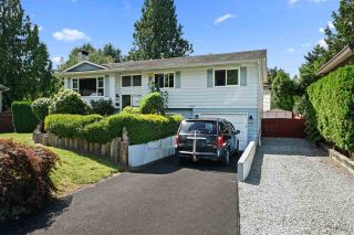 Photo 1: 11661 FRASERVIEW Street in Maple Ridge: Southwest Maple Ridge House for sale : MLS®# R2490419