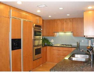 Photo 3: 1249 W CORDOVA Street in Vancouver: Coal Harbour Townhouse for sale (Vancouver West)  : MLS®# V659171