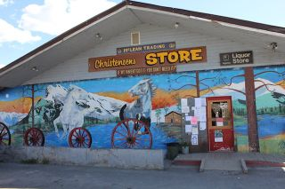 Photo 1: 6638 Christensen Road: Anahim Lake Business with Property for sale (Williams Lake (Zone 27))  : MLS®# C8031063