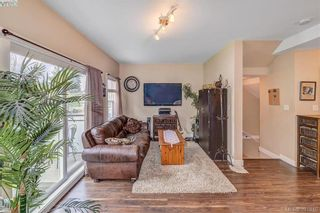 Photo 10: 111 2889 Carlow Rd in VICTORIA: La Langford Proper Row/Townhouse for sale (Langford)  : MLS®# 787688
