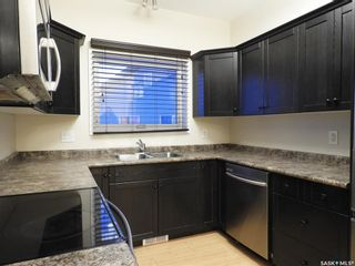 Photo 5: 114 Guenther Crescent in Warman: Residential for sale : MLS®# SK868007