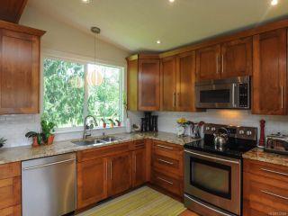 Photo 2: 5112 Veronica Pl in COURTENAY: CV Courtenay North House for sale (Comox Valley)  : MLS®# 732449