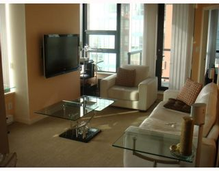 "Photo 3: 601 928 HOMER Street in Vancouver: Downtown VW Condo for sale in ""YALETOWN 1"" (Vancouver West)  : MLS®# V748747"