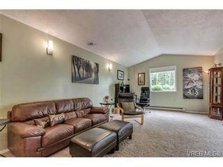 Photo 8: 427 Creed Pl in VICTORIA: VR Prior Lake House for sale (View Royal)  : MLS®# 703152