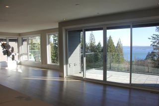 Photo 4: 2998 BURFIELD Place in West Vancouver: Cypress Park Estates 1/2 Duplex for sale : MLS®# R2249884