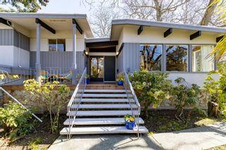 Photo 32: 3553 Cardiff Pl in : OB Henderson House for sale (Oak Bay)  : MLS®# 872669