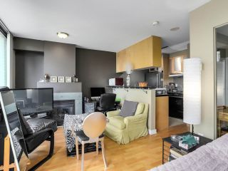 """Photo 7: 505 1003 BURNABY Street in Vancouver: West End VW Condo for sale in """"The Milano"""" (Vancouver West)  : MLS®# R2276675"""