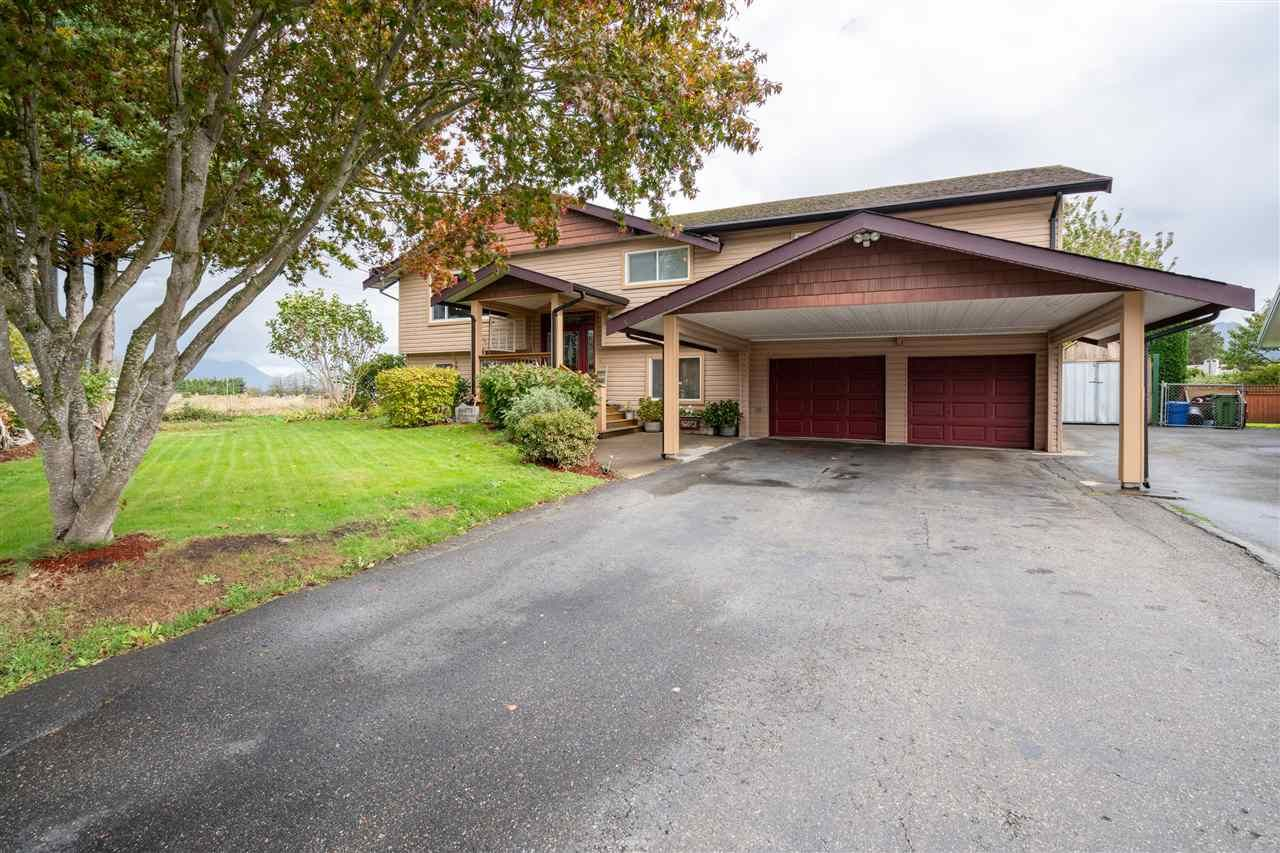 Main Photo: 46073 GREENWOOD Drive in Chilliwack: Sardis East Vedder Rd House for sale (Sardis)  : MLS®# R2532137