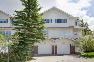 Photo 2: 26 Lincoln Green SW in Calgary: Lincoln Park Row/Townhouse for sale : MLS®# A1069868