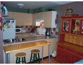 "Photo 3: 202 335 CARNARVON ST in New Westminster: Downtown NW Condo for sale in ""KINGS GARDEN"" : MLS®# V583123"