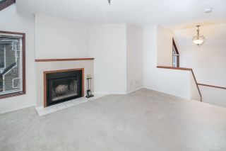 """Photo 4: C1 1100 W 6TH Avenue in Vancouver: Fairview VW Townhouse for sale in """"Fairview Place"""" (Vancouver West)  : MLS®# R2141815"""