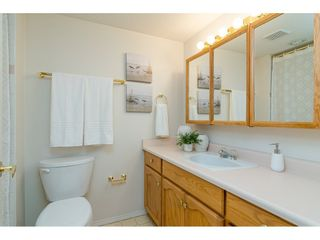 """Photo 14: 204 5375 205 Street in Langley: Langley City Condo for sale in """"Glenmont Park"""" : MLS®# R2500306"""