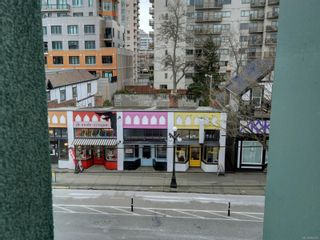 Photo 18: 311 1061 Fort St in : Vi Downtown Condo for sale (Victoria)  : MLS®# 866095