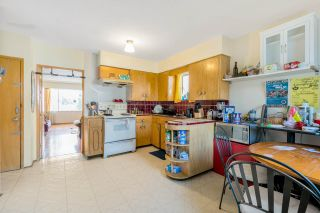 Photo 6: 4636 BEATRICE Street in Vancouver: Victoria VE House for sale (Vancouver East)  : MLS®# R2557171