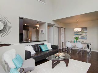 Photo 5: # PH2 1288 CHESTERFIELD AV in North Vancouver: Central Lonsdale Condo for sale : MLS®# V1123799